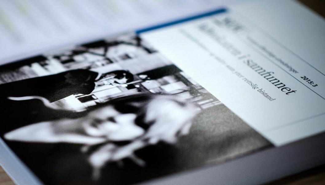 """NOU-en """"Advokaten i samfunnet"""" ble lagt frem i mars 2015. Regjeringen har lovet at den vil legge frem forslag til ny advokatlov i inneværende stortingsperiode. Foto: Henrik Evertsson"""
