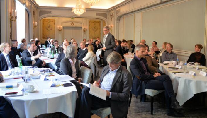 36 representanter fra Representantskapet var samlet for å diskutere Advokatforeningens høringsuttalelse til ny advokatlov på Hotel Continental i 2016.