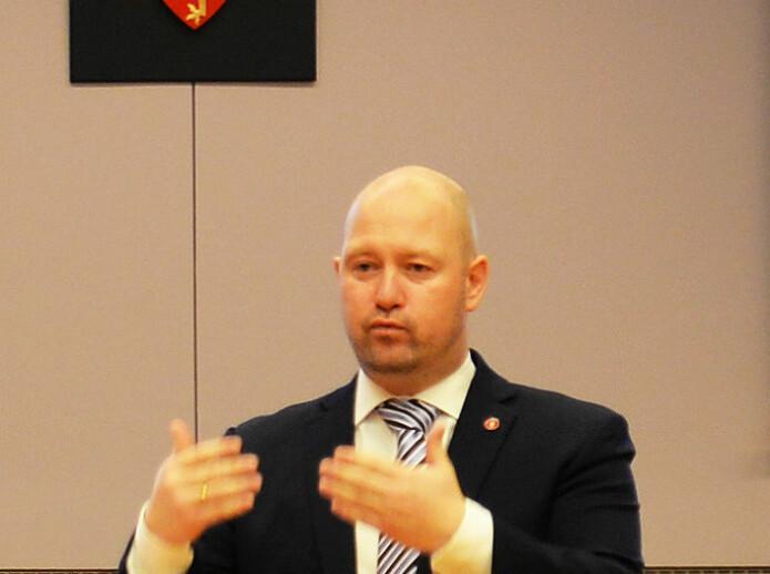 – Vi har en fremtidsrettet og nytenkende domstol, det borger godt for fremtiden, sa justisminister Anders Anundsen.