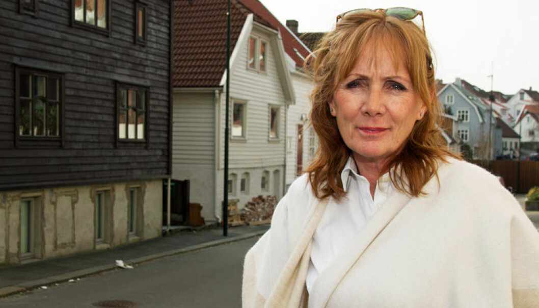 Anne Kroken er nestleder i Forsvarergruppen i Advokatforeningen, og partner i advokatfirmaet Torstrups hvor hun leder avdelingen for strafferett.