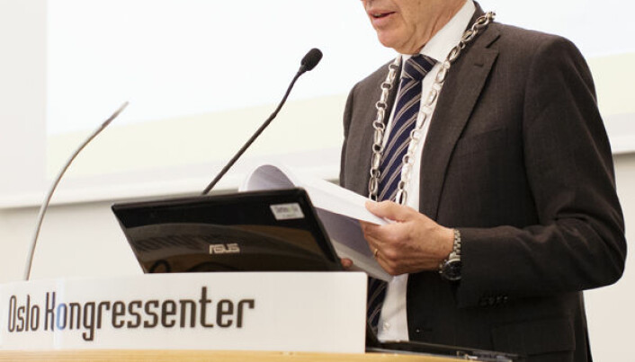 """""""Advokatforeningen skal aktivt arbeide for at menneskerettighetene, slik disse nå også er kommet til uttrykk i Grunnloven, respekteres"""", heter det i plattformen."""