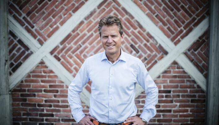 <html><head></head><body> – At salærsatsen har sakket akterut i forhold til den generelle prisutviklingen i samfunnet, er en stor rettssikkerhetsutfordring. De mest sårbare gruppene trenger en økning i disse satsene, sier Jens Johan Hjort.</body></html>