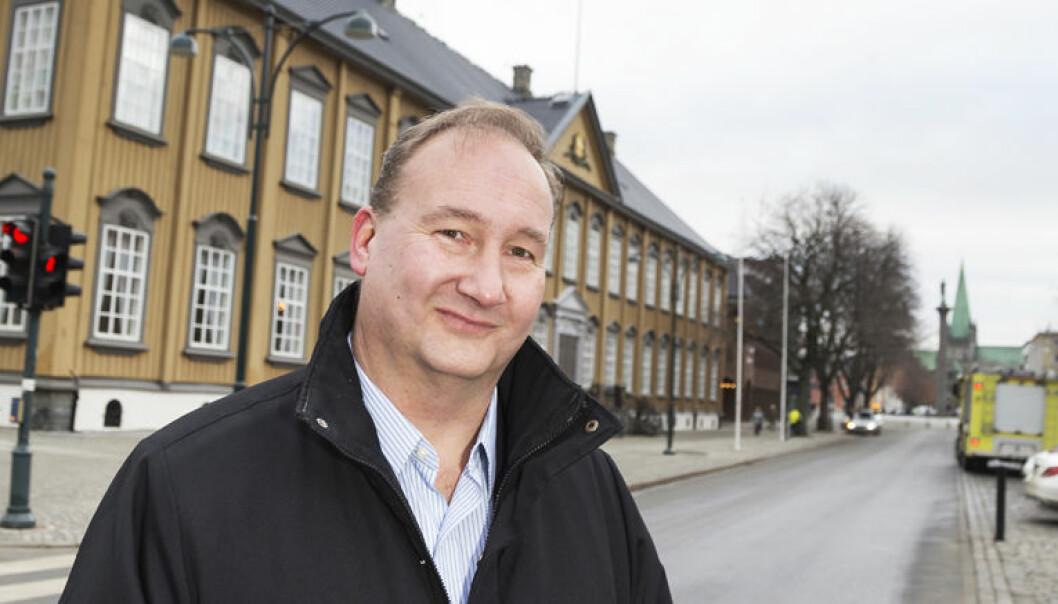 - Vårt firma Adnor Advokat får fordeler av samarbeidet i Eurojuris, men for et mindre firma er det vanskeligere, sier Kyrre R. Osmundsen. Foto: Thor Nielsen