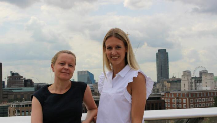 <html><head></head><body> Nordmennene Birgitte Karlsen (t.v.) og Julia Skisaker arbeider begge ved Wikborg Reins London-kontor i Cheapside i London. Arkivfoto: Henrik Skjevestad</body></html>