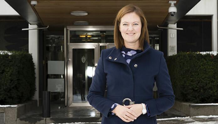 Kvinnelige talenter må oppmuntres, mener EU-ministeren.