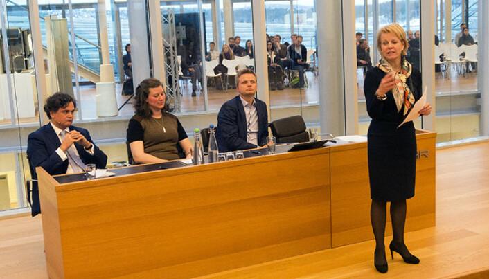 Fra venstre Svein Gerhard Simonnæs, Heidi Dahl, Vegard Kolbjørnsrud og Merete Smith.