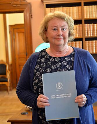 Helt fra hun tiltrådte som justitiarius har Øie gitt uttrykk for at hun ønsket å lage retningslinjer for advokatene. Nå er veilederen klar.