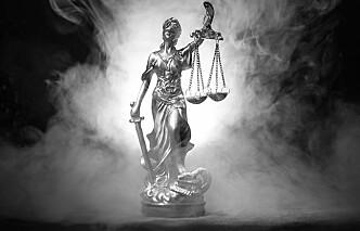19 advokater mistet bevillingen