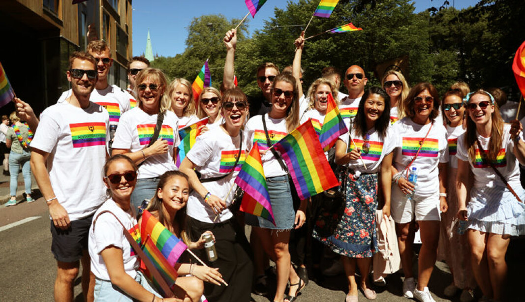 Advokatforeningen stilte i paraden under Oslo Pride for første gang i 2018.