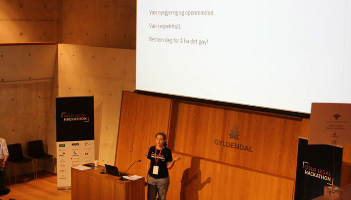 <html><head></head><body> Merete Nygaard innledet med noen tips til deltagerne før konkurransen startet.</body></html>