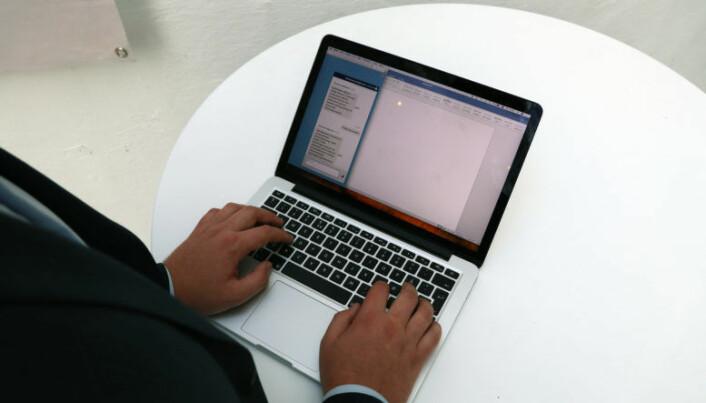 <html><head></head><body> For å sikre brukervennlighet er chatboten er lagt opp til å likne på tilsvarende chat-funskjoner, slik som eksempelvis Facebook.</body></html>