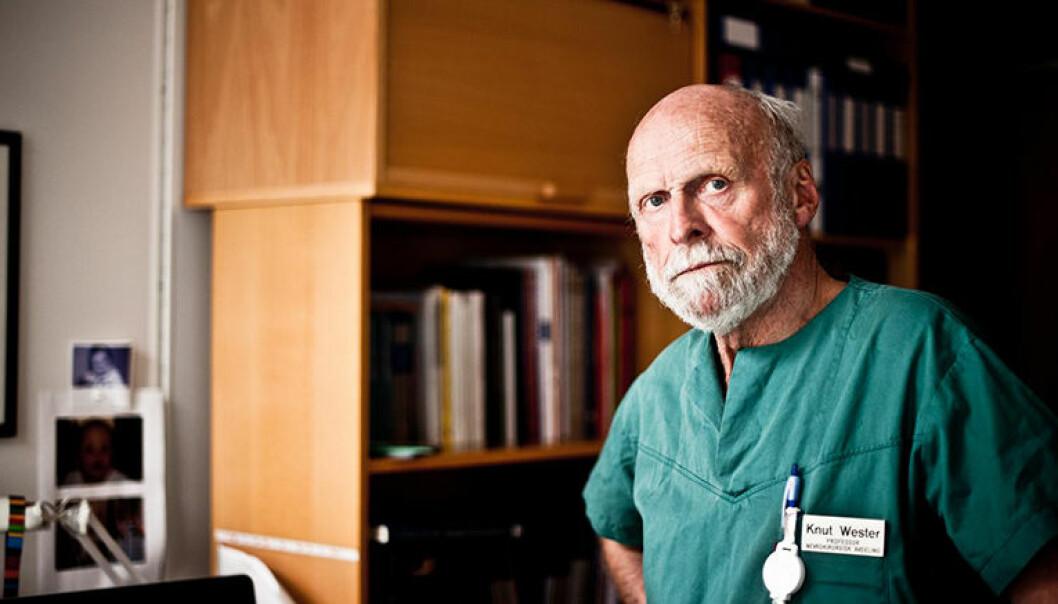 Knut Wester er pensjonert overlege ved Haukeland sykehus, og er bekymret for mulig feildiagnostisering i filleristingsaker. Foto: Øystein Vesterli Tveiten