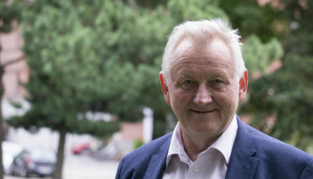Jens Edvin Skoghøy er tidligere høyesterettsdommer. Han arbeider i dag som jussprofessor ved Det juridiske fakultet ved Universitetet i Tromsø.