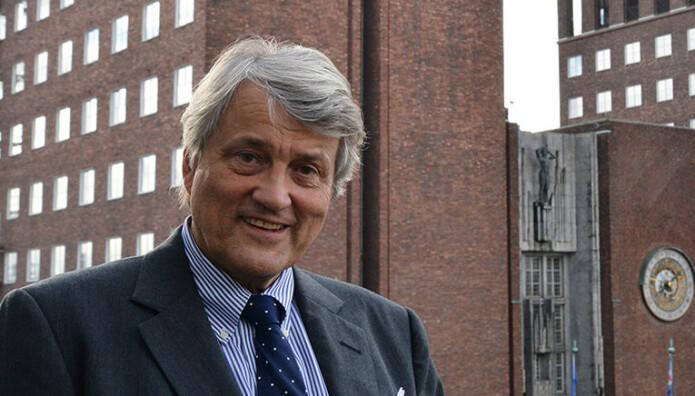 Advokat Erling Lind er partner i Ro Sommernes, og var frem til 2017 partner i Wiersholm.