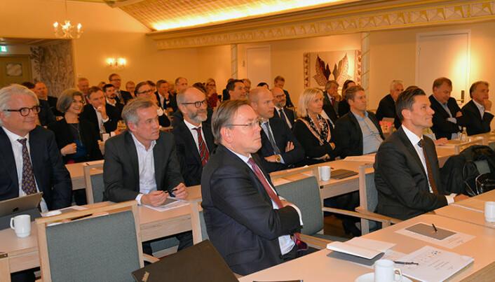 MP-er og ledere fra de førti største norske advokatfirmaene i Norge var invitert til Den store firmadagen i regi av Advokatforeningen.