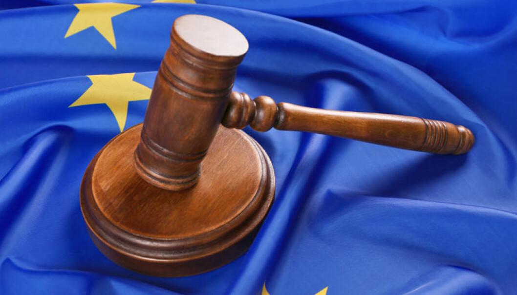 EU-domstolen legger ytterligere press på Polens omstridte regjering. Foto: belchonock/ Istock