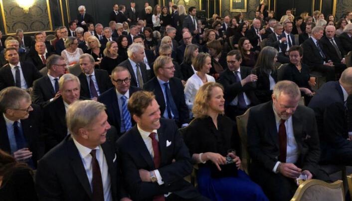 <html><head></head><body> Rundt 170 stykker var tilstede og hørte på Advokatforeningens leder, Jens Johan Hjort, tale. Foto: Thea N. Dahl</body></html>