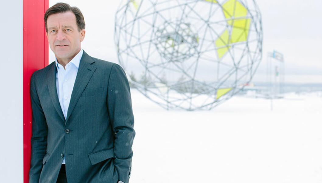 Hans Henrik Klouman er sjef for Juridisk i Equinor. Han er ikke imponert over kvinneandelen i advokatbransjen.  Foto: Ole Jørgen Bratland / Equinor