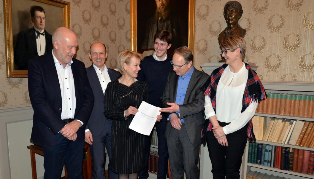 Fra v. Håvard Holm, Karl Harald Søvig, Merete Smith, Fredrik Agdestein, Dag Michalsen og Lena Bendiksen lanserte nye retningslinjer.