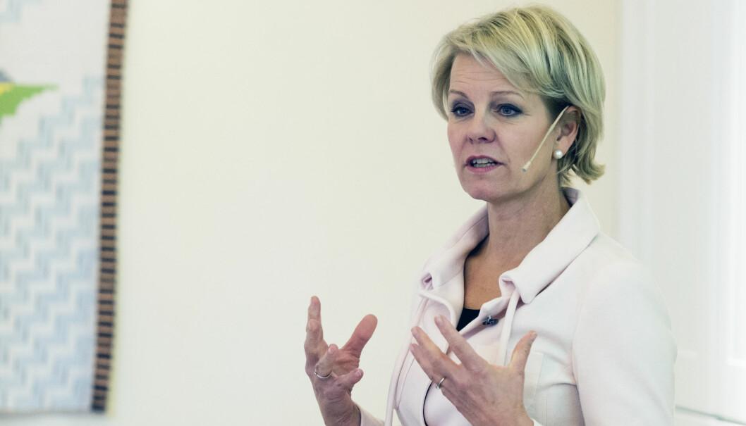 - Det er helt nødvendig at advokater etterutdanner seg, sier generalsekretær Merete Smith i Advokatforeningen.