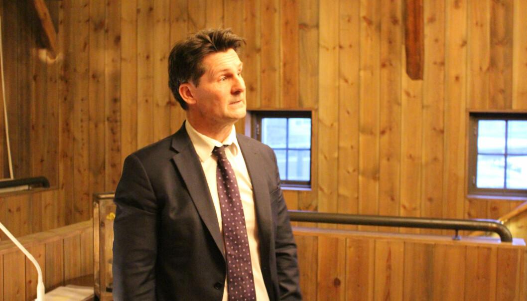 Advokat Torgeir Røinås Pedersen sitter i det regjeringsoppnevnte utvalget som skal se på fri rettshjelpsordningen, og orienterte årsmøtet om utvalgets arbeid.