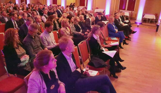 Stort oppmøte i Gamle Logen da Oslo krets holdt årsmøte 21.mars. Foto: Henrik Skjevestad