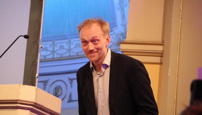 Nettstedet Rett24 og Kjetil Kolsrud ble tildelt Oslo krets' æresbevisning for 2018. Tidligere vinnere er Forsvarergruppen (2017), Kristian Andenæs (2016), Sverre Koch (2015), Jussbuss (2014) og Gatejuristen(2013). Foto: Henrik Skjevestad