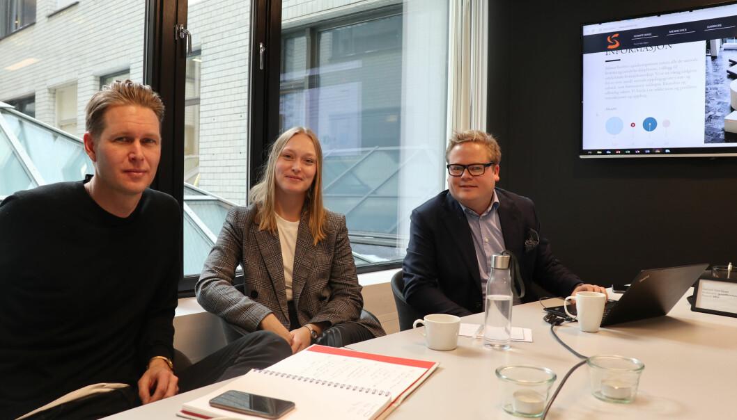 Henrik Josefsson (t.v.), Silje Strømmen og Rolf Aaneland trekker frem Selmer som et av advokatfirmaene med gode, og litt annerledes nettsider.