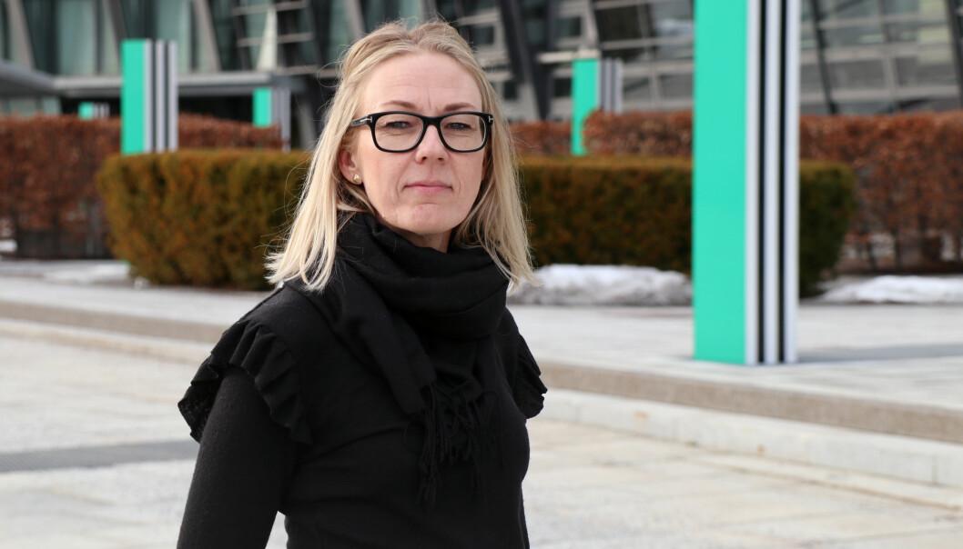 – Her i Telenor har vi mange kjempeflinke menn og kvinner som har kjent på at de ikke ønsket den byrden det er å jobbe i et eksternt advokatfirma, sier Siri Birgitte Bang Berge.