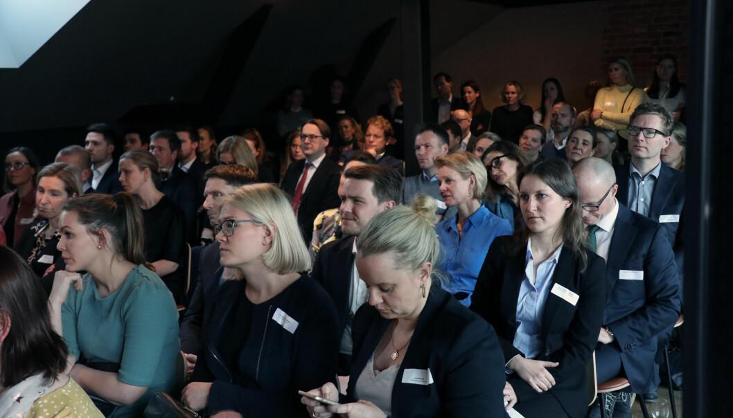 Full sal da Advokatforeningens kvinneutvalg inviterte til debatt og inspirasjonsseminar i samarbeid med #Hunspanderer.