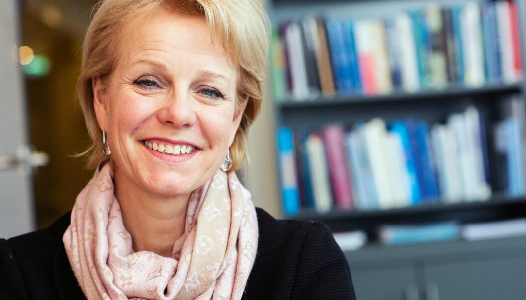 Generalsekretær i Advokatforeningen, Merete Smith, vil høre medlemmenes meninger om hva foreningen kan gjøre for at advokatenes arbeidshverdag skal bli bedre. Foto: Monica Kvaale