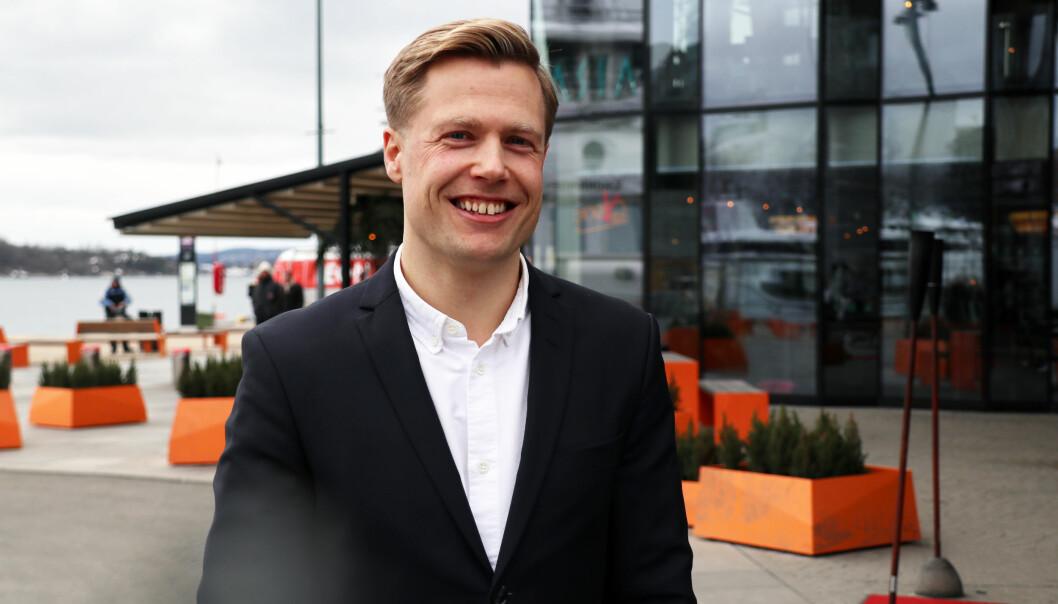 I Wiersholm stilles det de samme kravene til resepsjonistene som til advokatfullmektigene, forteller Rune Opdahl.