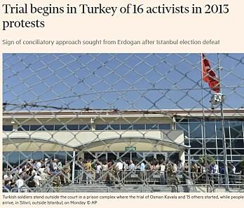 Stort oppmøte da saken startet mandag denne uken i Istanbul. Faksimile fra Financial Times.