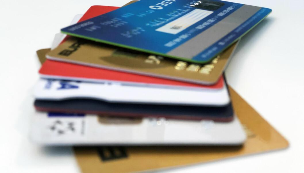 Ved hjelp av det nye gjeldsregisteret blir det enklere for privatpersoner å ha oversikt over egen forbruksgjeld. Foto: Thea N. Dahl