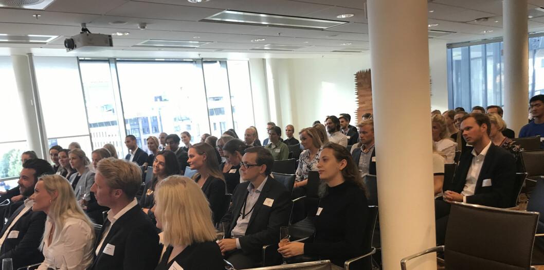 Godt oppmøte da tech-forumet arrangerte foredrag og sosial samling i Selmers lokaler i forrige uke.