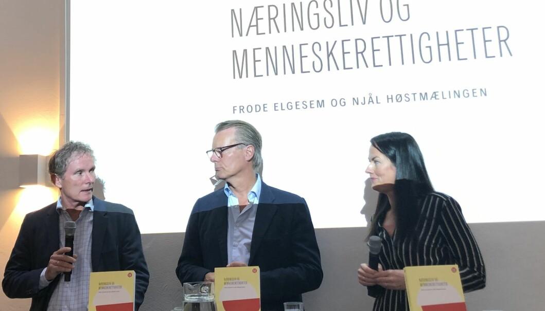 Tellef Thorleifsson, Johan H. Andresen og Heidi Furustøl diskuterte menneskerettigheter i praksis.