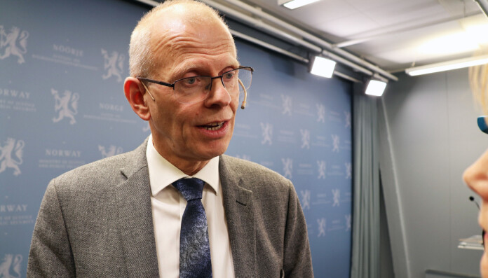 Å slå sammen domstoler er nødvendig for å sikre bedre kvalitet i domstolene, sa Domstolkommisjonens leder, Yngve Svendsen, sorenskriver i Oslo.