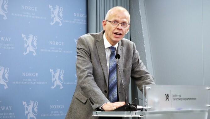 Yngve Svendsen, leder i Domstolkommisjonen, mener større domstoler er nødvendig for å sikre faglig utvikling, likebehandling og kortere saksbehandlingstid. Foto: Thea N. Dahl