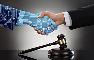 Digitalisering betyr slutten på advokatfirmaer slik vi kjenner dem - eller?