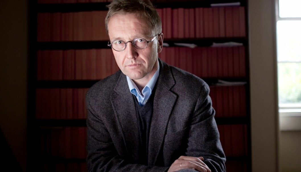 Finn Arnsen, professor ved Universitetet i Oslo, mener saken viser svakheter på flere punkter - også innenfor jussutdanningen. Foto: Hilde Lillejord, UiO / NIFS.