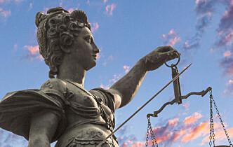 - NRK får 2,5 ganger mer penger enn domstolene