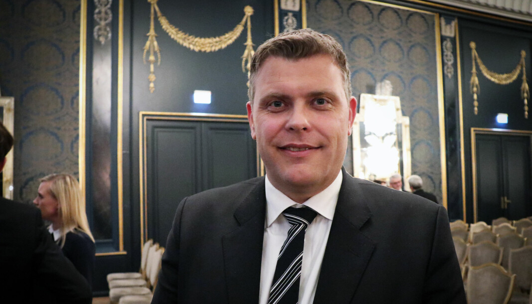 Jøran Kallmyr la i helgen ut en melding på Twitter der han ba sine følgere huske på at en advokat ikke skal bli identifisert med sin klient.