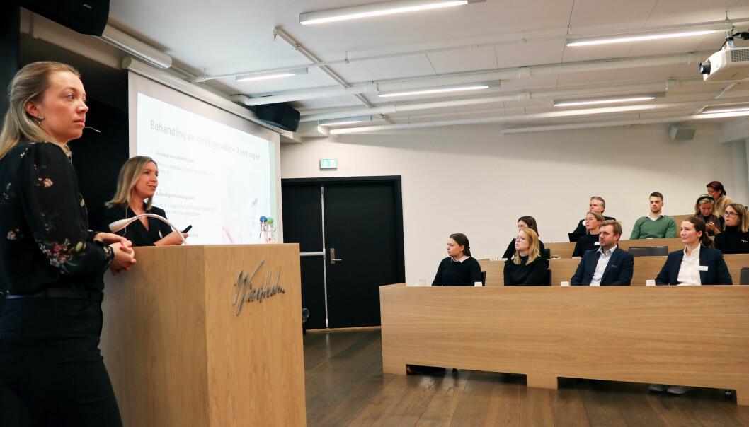 Wiersholm-advokatene Julie Piil Lorentzen (t.v.) og Christel Søreide oppsummerte rettspraksis på arbeidsrettsfeltet under et frokostmøte tirsdag