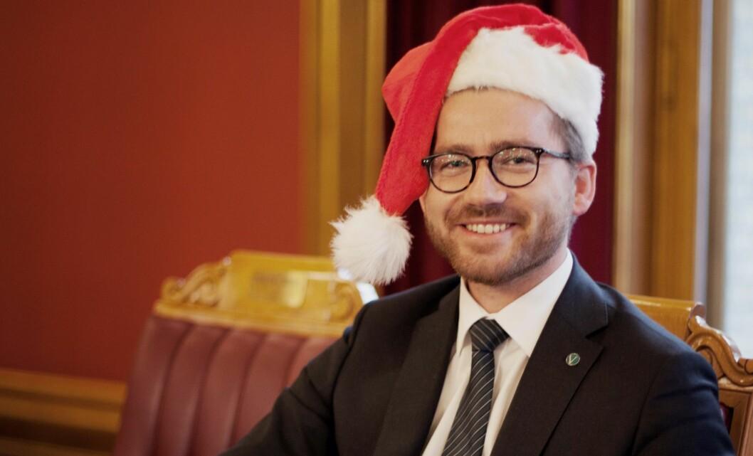 Statssekretær Sveinung Rotevatn ser frem til jul med familien på Vestlandet