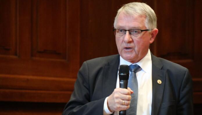 Magnus Matningsdal har vært dommer i Høyesterett siden august 1997, og er med det dommeren med lengst ansiennitet i domstolen.