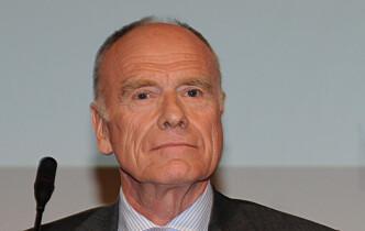 Minneord om jurist Ragnar L. Auglend