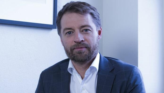 Michal Wiik Johansen, forretningsadvokat i Bodø og tidligere medlem av Advokatforeningens hovedstyre, mener at et frislipp av juridiske tjenester er en dårlig idé.