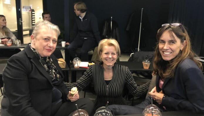 Advokat Berit Reiss-Andersen, Advokatforeningens generalsekretær Merete Smith og advokat Bettina Banoun.