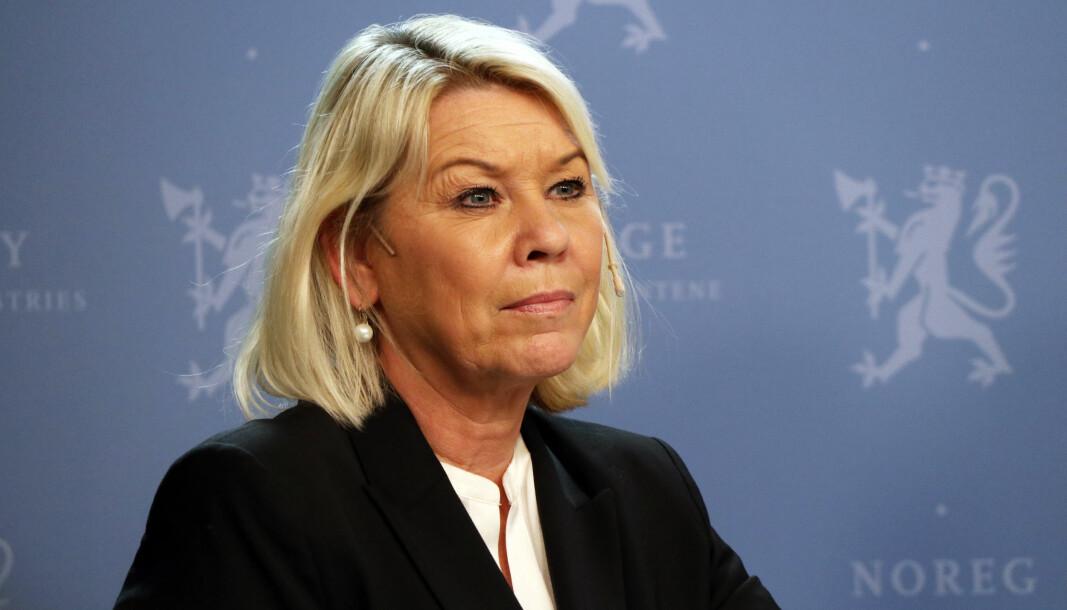 - Ulovlig opphold er skadelig for tilliten til systemet, mener justis- og beredskapsminister Monica Mæland (H) på departementets nettsider.