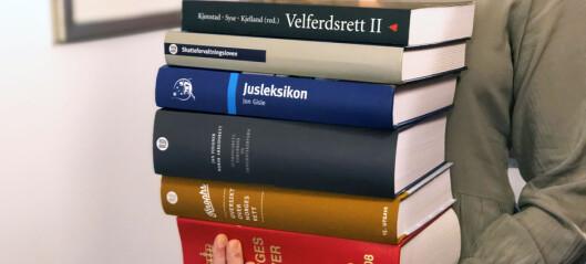 Flere tilbyr nå gratis faglitteratur